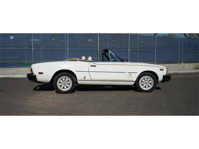 1981 Fiat 2000 Spider Turbo | 926965