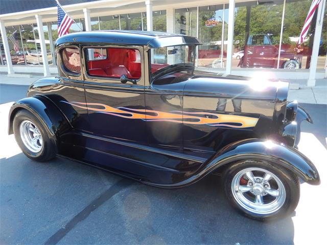 1930 Ford 5-Window Coupe | 927142