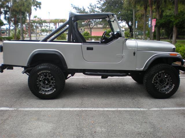 1984 Jeep CJ8 Scrambler   927169