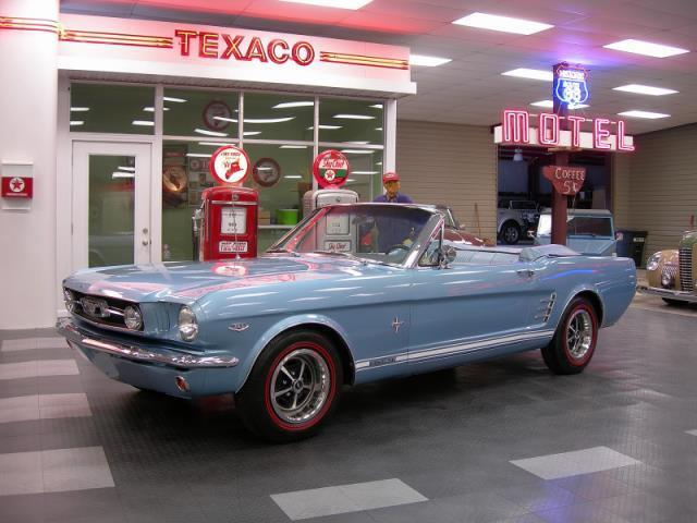 1966 Ford Mustang | 927368