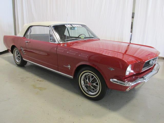 1966 Ford Mustang | 927465