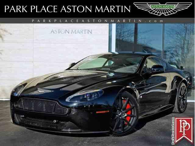 2017 Aston Martin V12 Vantage S | 927489