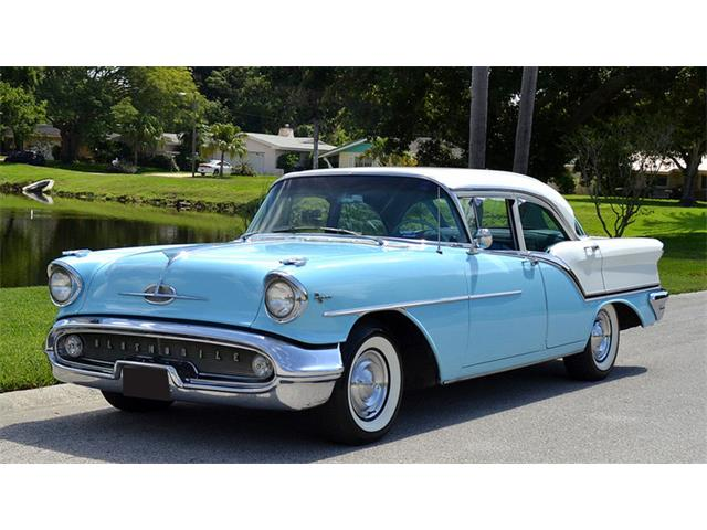 1957 Oldsmobile Super 88 | 927560