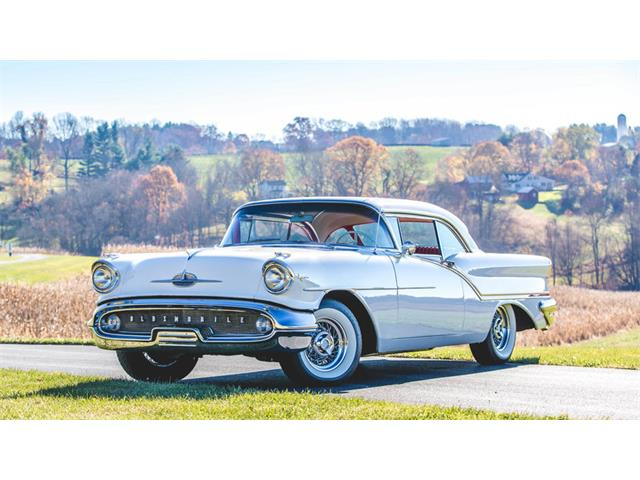 1957 Oldsmobile Super 88 J-2 | 927860
