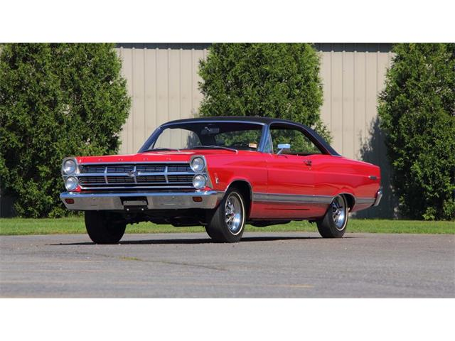 1967 Ford Fairlane 500 | 927894