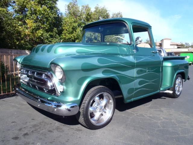 1957 Chevrolet 3100 | 928196