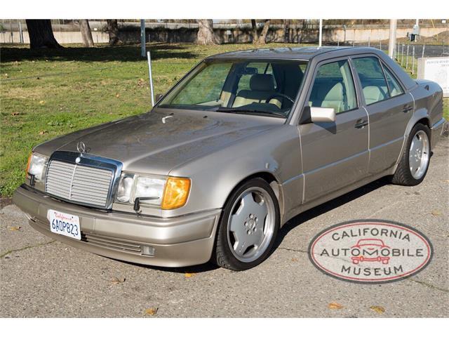 1993 Mercedes-Benz 500 | 928197