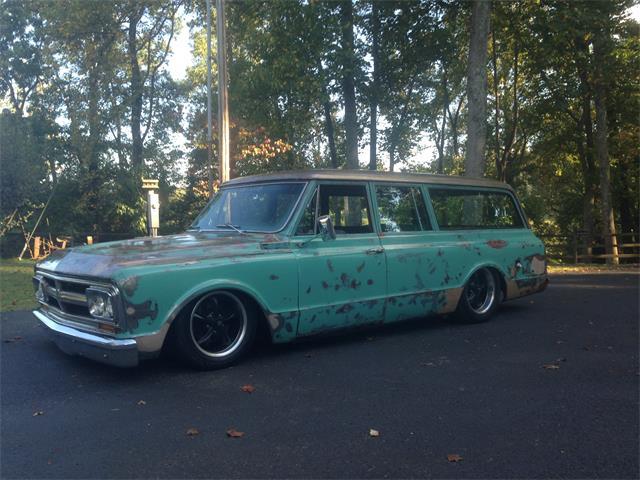 1967 GMC Suburban | 928199