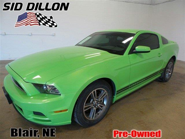 2013 Ford Mustang | 920822