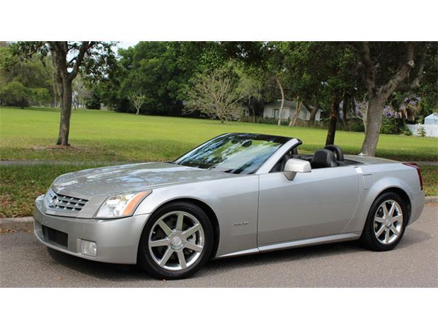 2004 Cadillac XLR | 928308