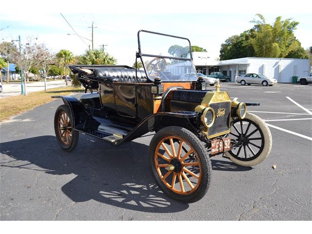 1914 Ford Model T   928365
