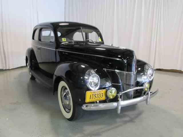 1940 Ford Sedan | 928404