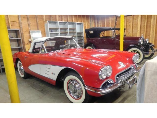 1960 Chevrolet Corvette | 928425