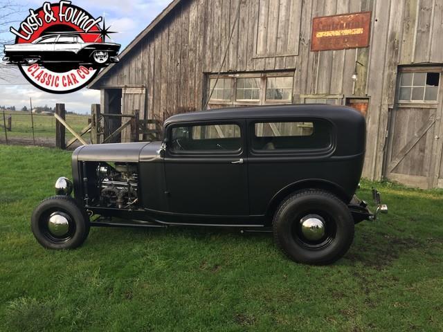 1932 ford 2-door sedan all steel | 928659