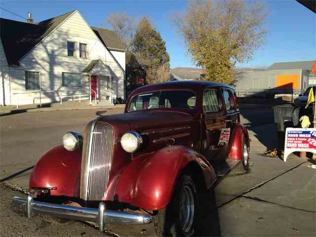 1936 Chevrolet Antique   928738