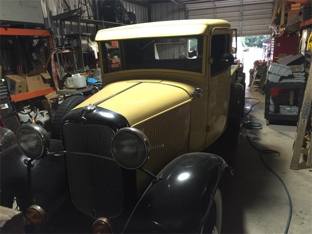 1932 Ford Model B   928803