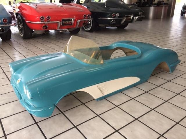 1959 GM-Promotion Corvette Go-Kart Body | 920911