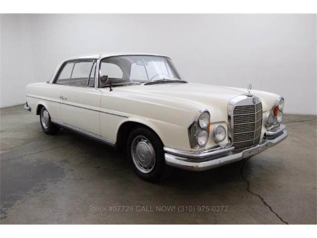 1967 Mercedes-Benz 250SE | 929176