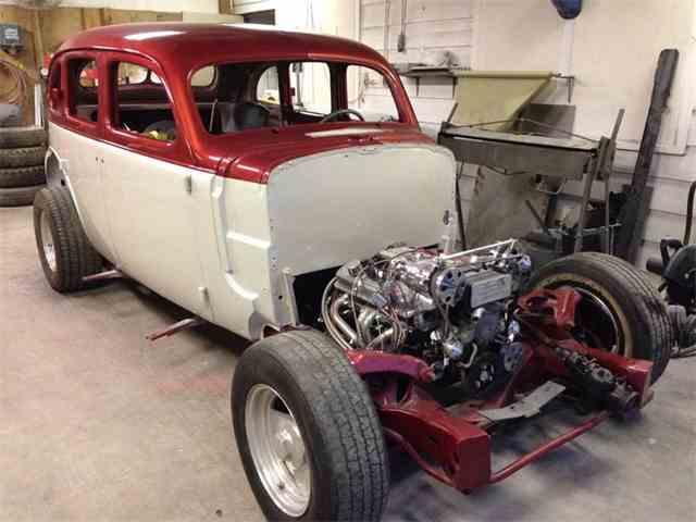 1937 Pontiac coup   929339