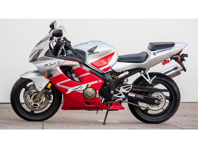 2003 Honda Motorcycle | 929483