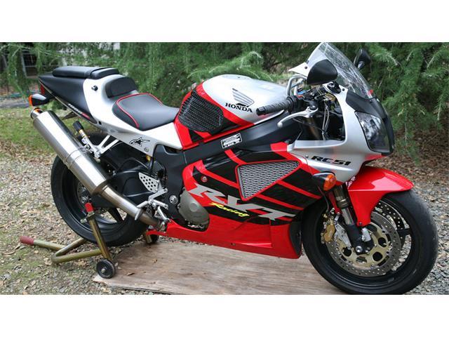 2002 Honda RC51 | 929484
