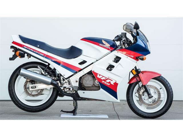 1986 Honda Interceptor VFR | 929568