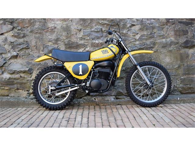 1975 Yamaha Motorcycle | 929598