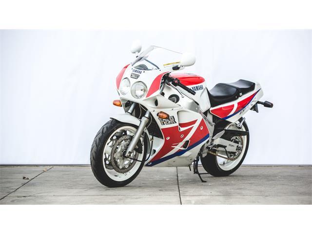1995 Yamaha FZR 1000 | 929656