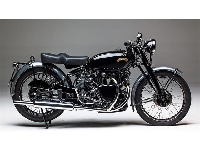 1949 Vincent Motorcycle | 929701