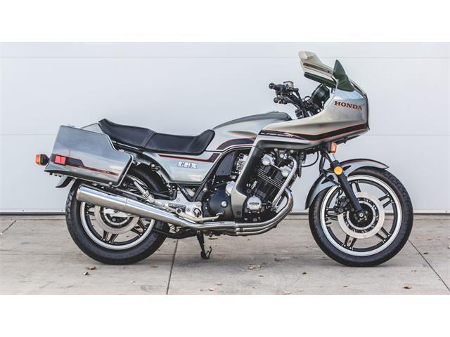 1981 Honda Motorcycle | 929712