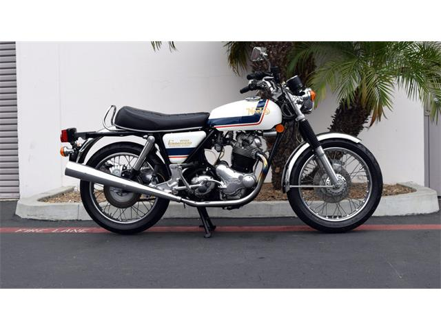 1975 Norton Commando   929719