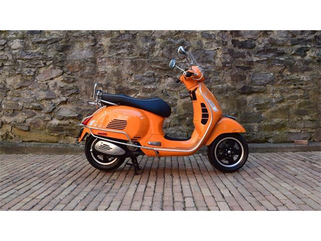 2010 Vespa GTS300 | 929797