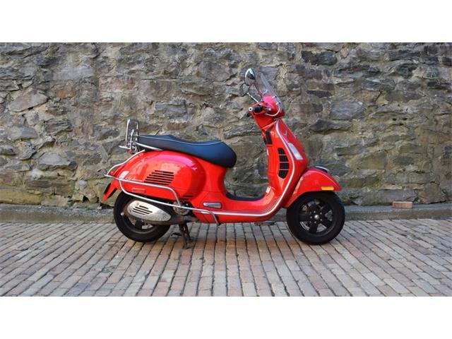2010 Vespa GTS300 | 929798