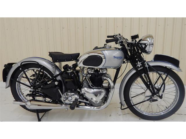 1939 Triumph Motorcycle | 931133