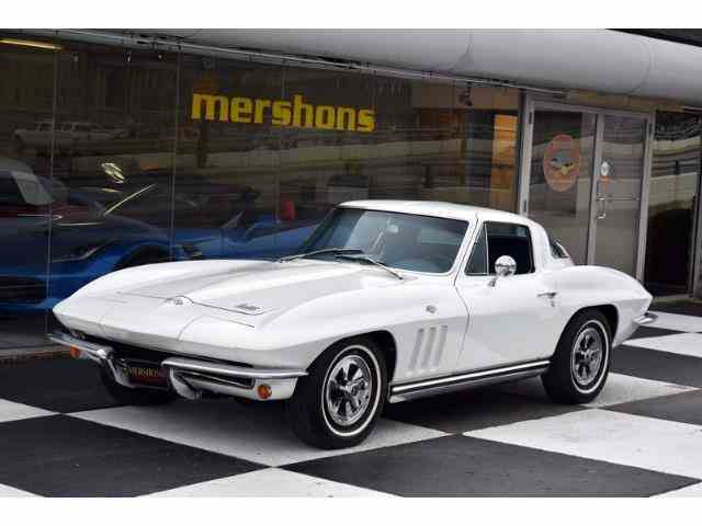 1965 Chevrolet Corvette | 931175