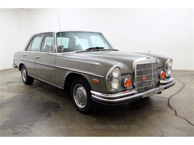 1972 Mercedes-Benz 280SE | 931204