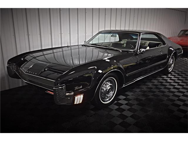 1966 Oldsmobile Toronado | 931242