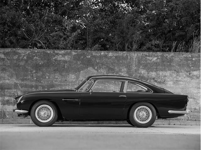 1963 Aston Martin DB4 Series V Vantage | 931394