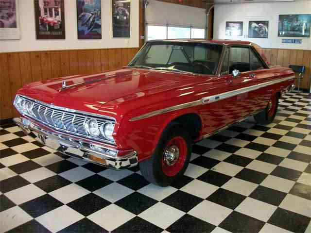 1964 Plymouth Sport Fury   931420