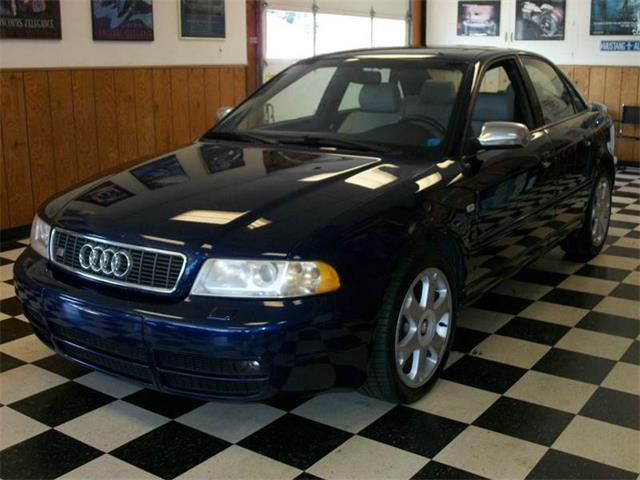 2001 Audi S4 | 931425
