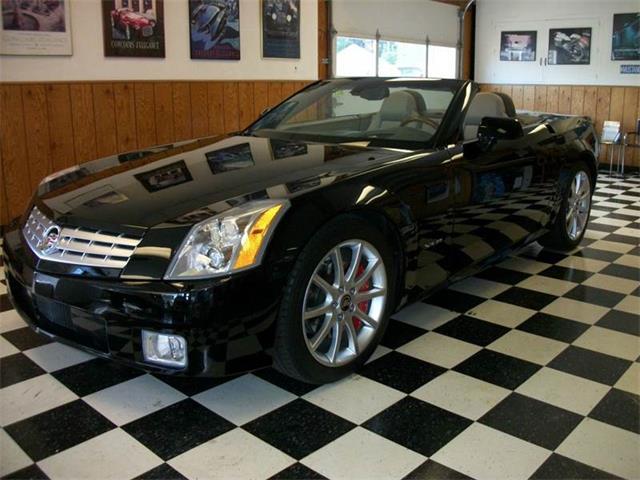 2004 Cadillac XLR | 931436