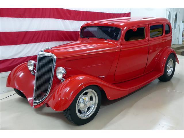 1934 Ford Custom | 930167