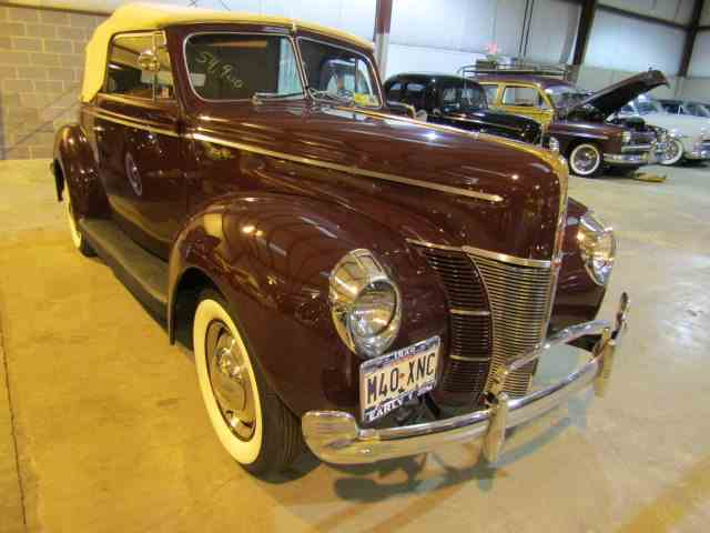 1940 Ford Deluxe | 931912