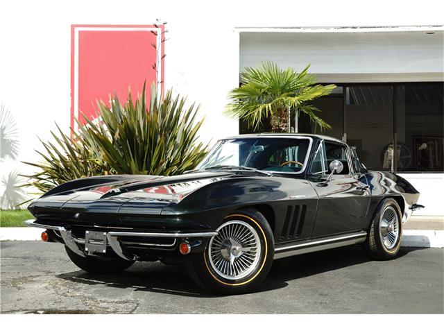 1965 Chevrolet Corvette | 930194
