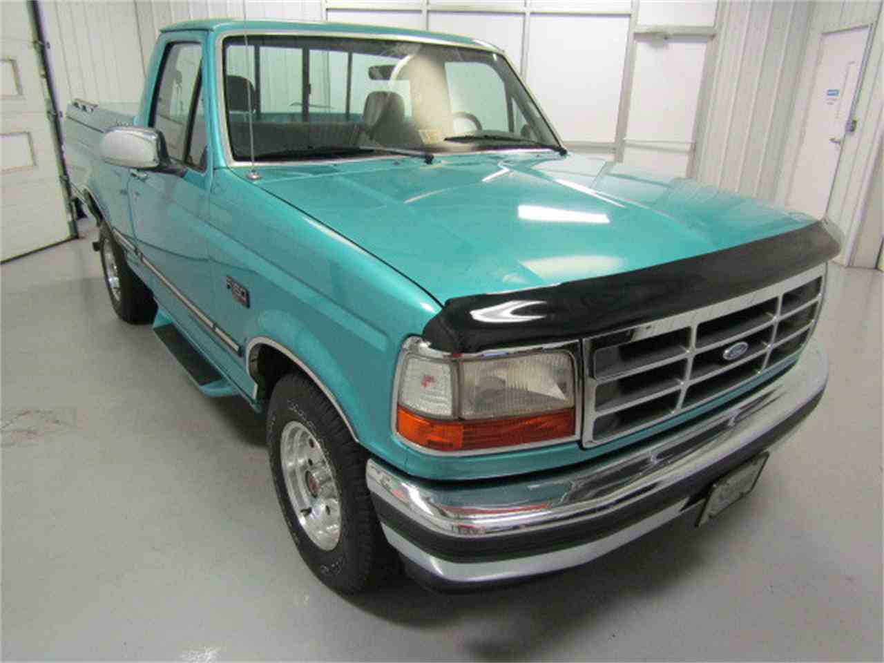 Large Picture of '94 F150 - $13,900.00 Offered by Duncan Imports & Classic Cars - JZ3J