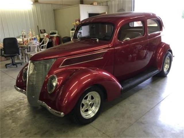 1937 Ford 2-Dr Sedan | 932046