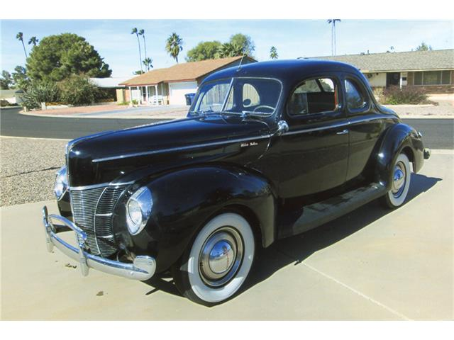 1940 Ford Deluxe | 932114