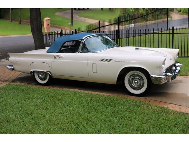 1957 Ford Thunderbird | 932168