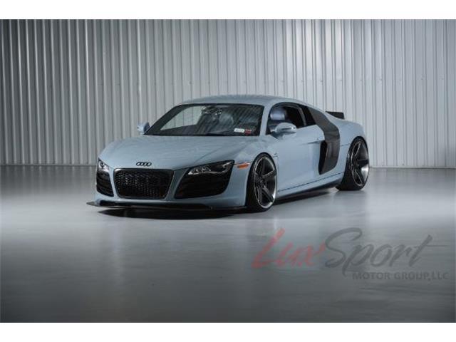 2010 Audi R8 | 932240