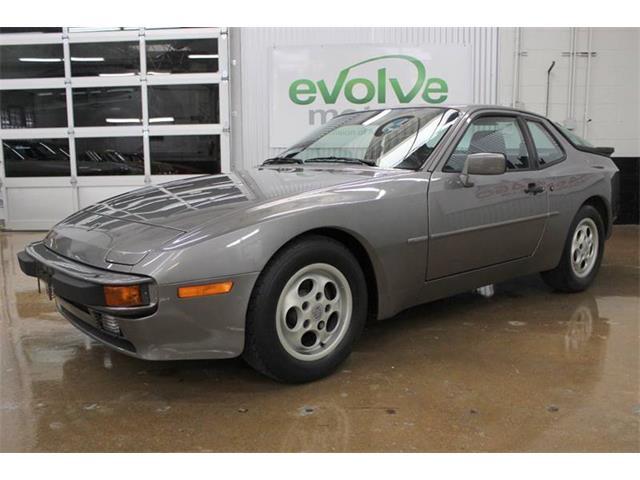 1987 Porsche 944 | 932282